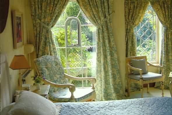 Brecon beacons bed and breakfast b b accommodation for How to buy a bed and breakfast