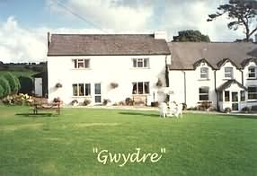 Self catering at Gwydre Farm Cottage, Llanddeusant, Llangadog, Carmarthenshire