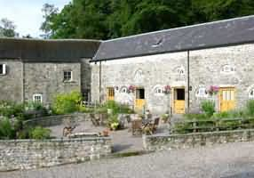 Henllys Estate Bed & Breakfast, Llandovery, Carmarthenshire