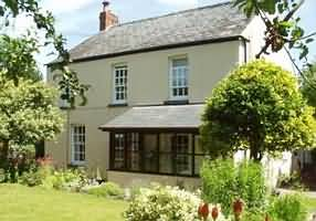 Relax at The Hawthorns, Talybont on-Usk, Brecon, Powys